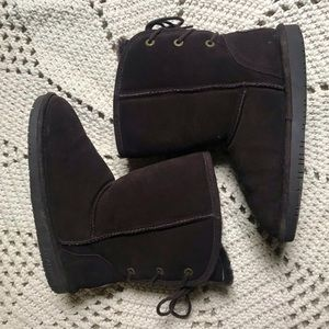 EUC BearPaw Brown Shearling Booties with back tie